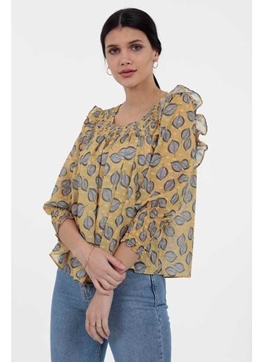 Vitrin Smok Dikiş Detaylı Desenli Bluz Sarı